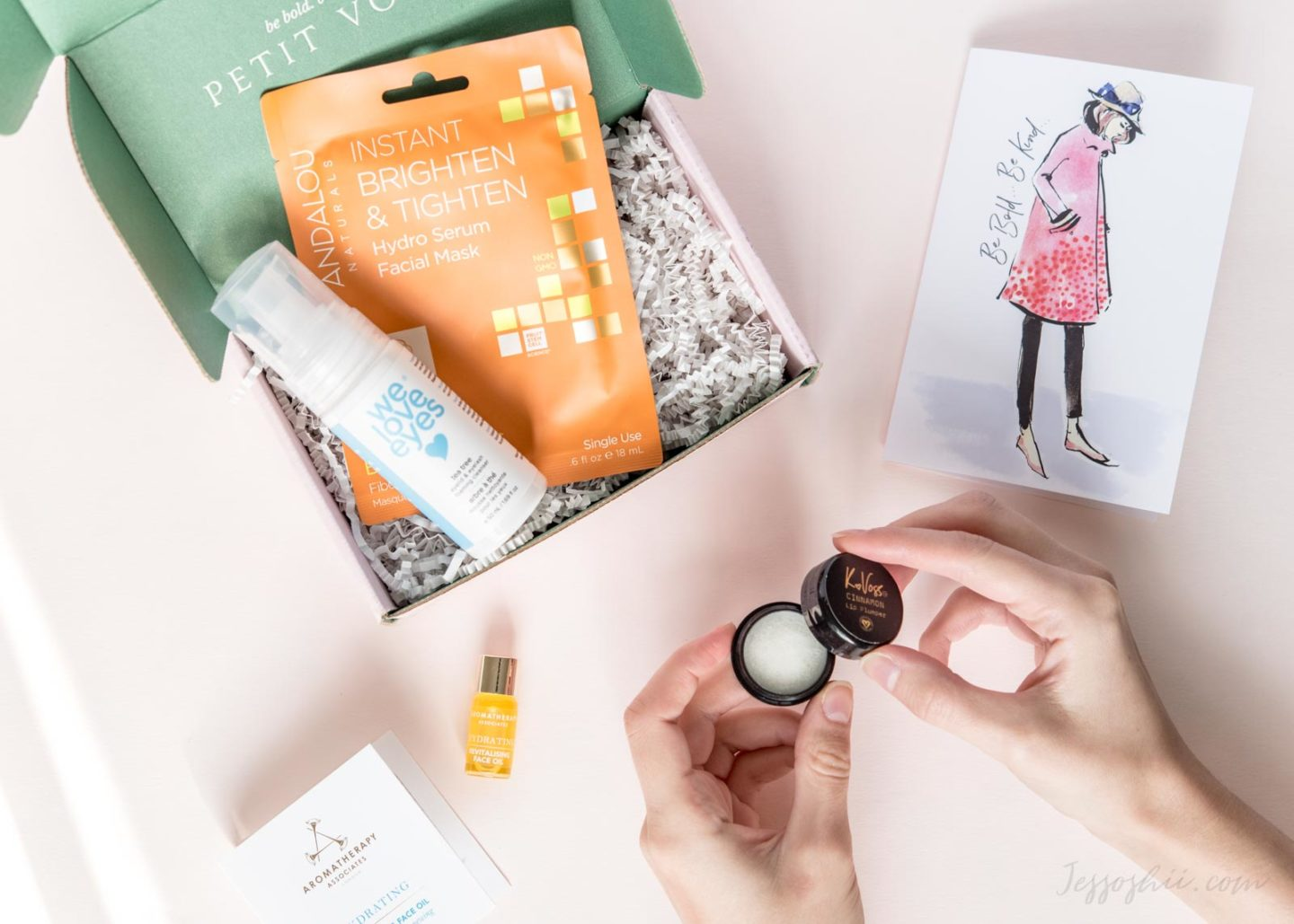 8 Natural & Organic Beauty Subscription Boxes To Try Out