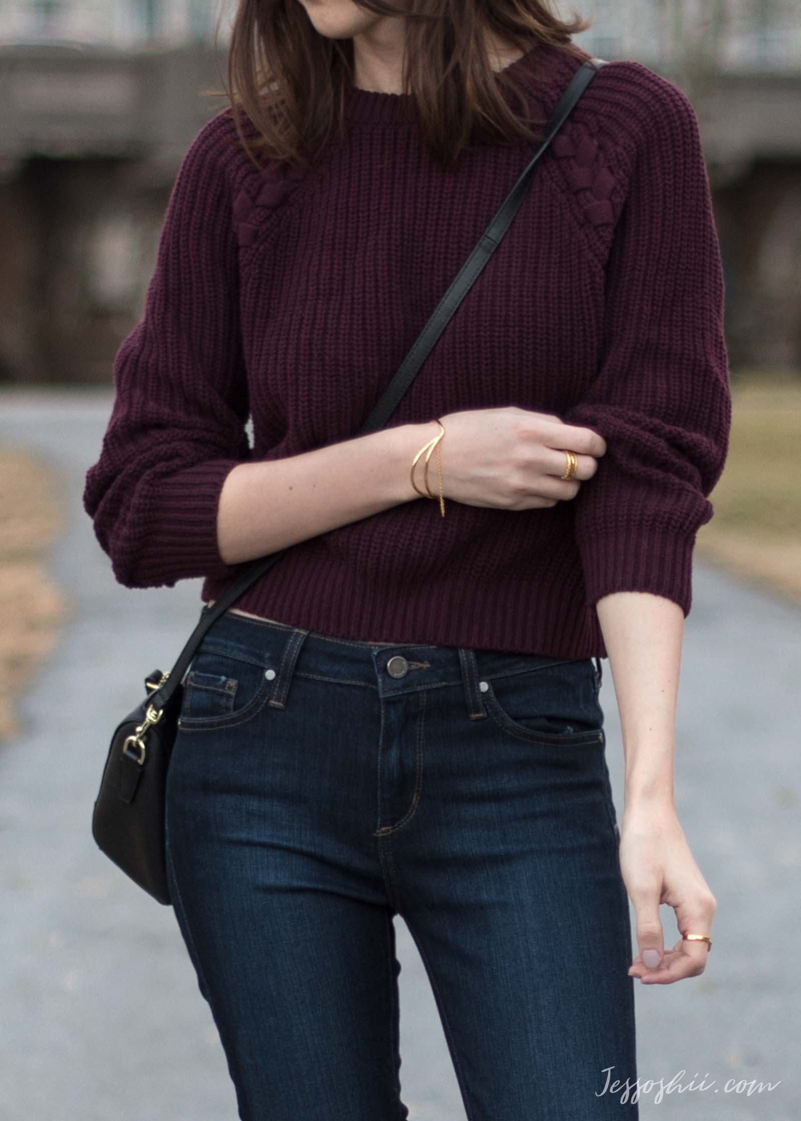 H&M burgundy cropped sweater